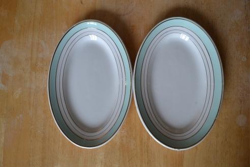 Pretty oval plates